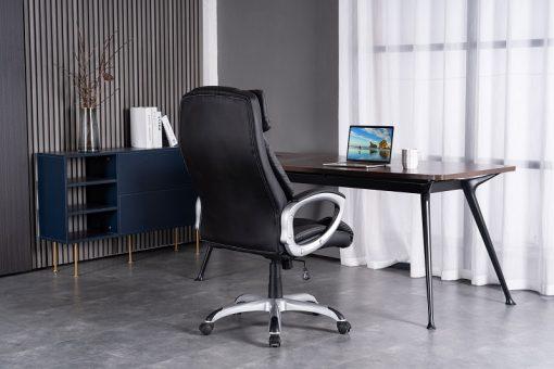 כיסא שחור מיניסטר