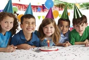 משחק עוגת יום הולדת לילדים